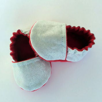 Infant Baby Booties - Newborn Shower Gift - New Baby Slippers - Slipper Booties - Baby Shoes - Newborn Baby Girl Shoes - Infant Baby Slipper