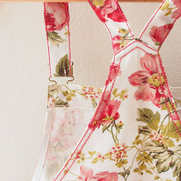 Skirtall, Floral Skirtall, White with Pale Red Rose Overall, Apron Overall skirtall, Vintage Inspired, XS-XL