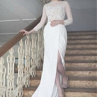 [128.99] Junoesque Tulle & Acetate Satin Bateau Neckline Sheath Wedding Dresses With Beaded Lace Appliques - dressilyme.com
