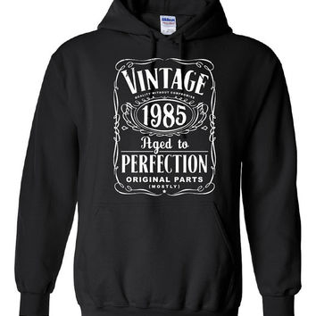 30th Birthday Gift For Men and Women - Vintage 1985 Aged To Perfection Mostly Original Parts Hoodie Hooded Sweatshirt Gift idea S-21