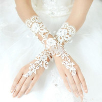 Fabulous Luxury Lace Flower Fingerless Hollow Bridal Gloves Prom Party Gloves Wedding Dress Accessories (Color: White)