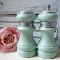 Green Vintage Salt Shaker and Pepper Grinder, Sea Glass Green Wooden Salt and Pepper Set with Metal Engraving, Cottage Chic, Up Cycled