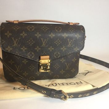 Louis Vuitton Pochette Metis Monogram Canvas 100% Authentic