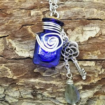 Roslyn Potion Bottle Necklace