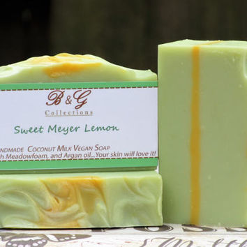 Coconut milk soap / Sweet meyer soap / Handmade soap bar / Cold process soap / Vegan Soap / Cucumber extract /Mother's day Gift / Gift ideas