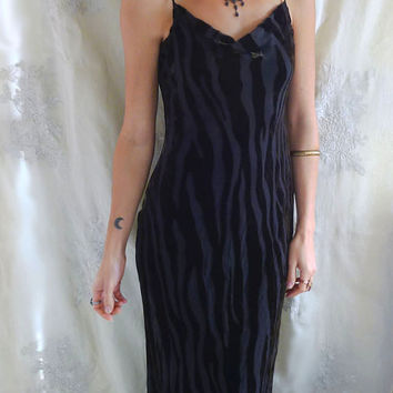 Vintage Burn Out Silk Velvet Gown... Size S/M... gothic boho wedding dress alternative bridesmaid woodland witch black green free people