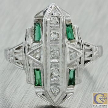 1930s Antique Art Deco 14k White Gold Diamond Emerald Filigree Ring