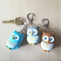 Owl Key Chain ~ Lights Up! from JuicyDealz