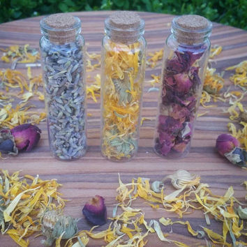 Botanical bottle, rose bottle, dried roses, lavander bottle, terranium, boho decor, lavander, calendula, calendula bottle, apothecary