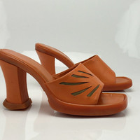 Vintage 90's Orange Leather Cut Work Chunky Heel  Rubber Platform Club Kids Heel Slip On Sandals 9 39.5