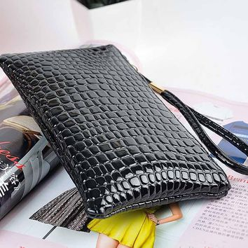 2017 Women Leather Zipper Card ID Holder Wallet New Travel Outdoor Hiking Bags Ladies Tote Handbags Mujer messenger Bag  Mar9A2
