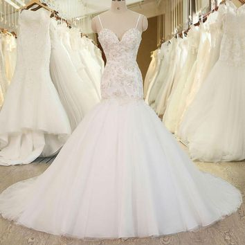 New Design Applique Lace Beads Lace Wedding Dress Crystals Wedding Gown