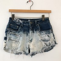 DISTRESSED SHORTS- BLEACHED BLUE