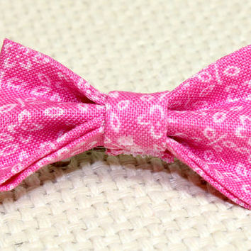 Small Pink Dog Hair Bow. Bowtie Style Puppy Bow. Hot Pink Hair Accessories with Small Flowers. Elastics or French Clips. Small Dog Jewelry
