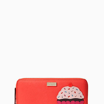 Kate Spade New York Take The Cake Cupcake Neda Wallet