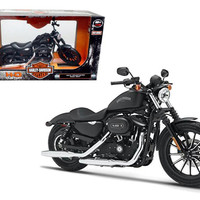 2014 Harley Davidson Sportster Iron 883 Motorcycle Model 1-12 by Maisto