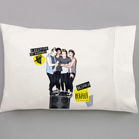 She Looks So Perfect - 5SOS Hand Pulled Sublimated Pillow Case Set for Double or Queen Sized Bed