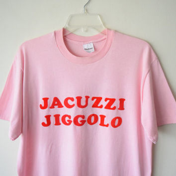 "80s ""Jacuzzi Jiggalo - Lawn Dart & Horse Shoe Champ"" Pink, Fuzzy Print Letter T-Shirt // Ironic Funny Retro Hipster 50-50 T-Shirt / Sz XL"