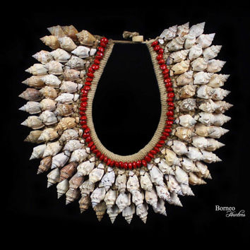 Cream Spiral Shell Necklace Tribal Chic Papua New Guinea Seashell Neck Adornment Home Nautical Dreamy Ocean Display Natural Shell Collar