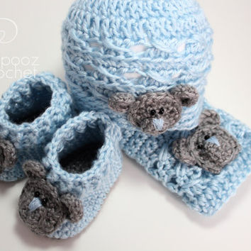 Baby boy crochet gift set, baby homecoming gift set, booties hat and cloth/blankie , ready to ship