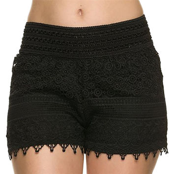 2016 New Hot Fashion Solid Black White Summer Shorts Casual Lace Crochet Women Elastic Waist Hollow Shorts For Women S M L XL
