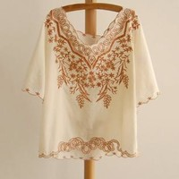 Retro Lace Royal Embroidery Batwing Top