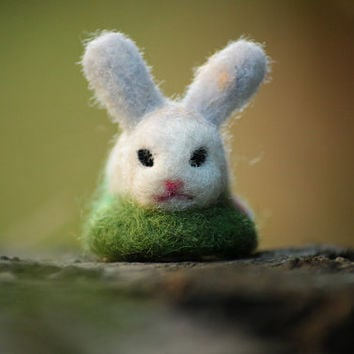 Needle Felted Bunny, Easter Bunny, Bunny Miniature, Easter Decorations, Needle Felted Rabbit, Felt Ornament, Easter Gift, Cute Bunny, OOAK