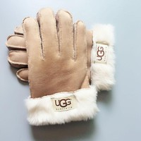 UGG Winter Woman Men Warm Fur Gloves