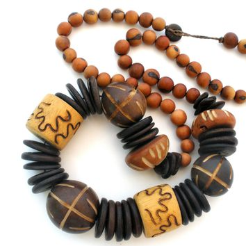 Chunky Wood Bead Necklace Hand Carved Vintage