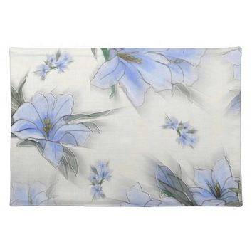 Elegant Floral Pattern Cloth Placemat