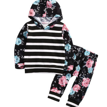 New 2017 Spring Autumn Kids Baby Girls Sets Floral Hooded Sweatshirt Tops+Pants Black Casual Infant 2pcs Outfits Tracksuit