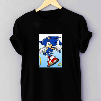 "sonic the hedgehog run - T Shirt for man shirt, woman shirt ""01"""