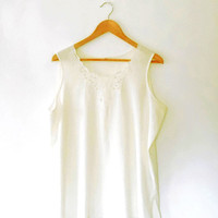 Cream embroidered top / pretty / floral / cut out top / cream camisole / silky blouse / vintage / 80s / vest top / scallop / beaded top