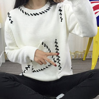 White Knitted Pocket Pullover Sweater