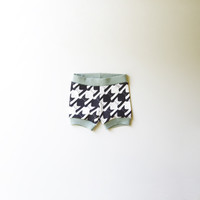 Cats-Tooth [Houndstooth Pattern] Organic Baby Shorties