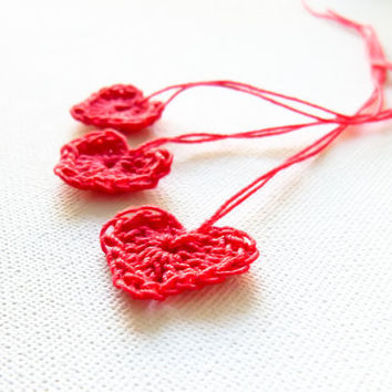 Valentine crochet hearts 10 appliques / gift tags/ by Mashacrochet