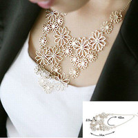 Fashion Charm Womens Chain Flower Bib Choker Pendant Statement Necklace Jewelry