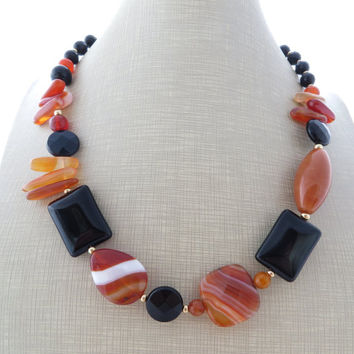 Orange agate necklace, black onyx necklace, gemstone choker, uk stone necklace, beaded necklace,  gemstone jewellery, boho chic, gioielli