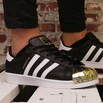 VLX0E4 adidas Superstar Metal Toe 'black / gold' Men And Women Running Shoes BB5114