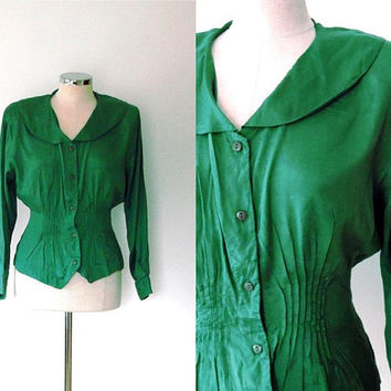 Emerald peplum blouse top / dart pleated / sailor collar / vintage / 1940s style /  elegant / button up / tailored / green blouse top