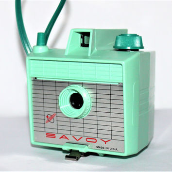 Vintage 1950 Mint Green Savoy 620 Camera