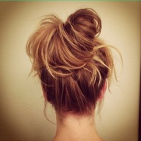How to do a Perfect messy bun: 30 examples