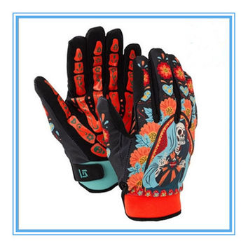 Free shipping 2015 Men's Ski Gloves Snowboard Skull Gloves Windproof Waterproof Unisex Snowmobile Motorcycle  Snow Gloves