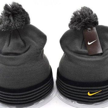 onetow One-nice? Perfect Nike Women Men Embroidery Beanies Winter Warm Knit Hat Cap
