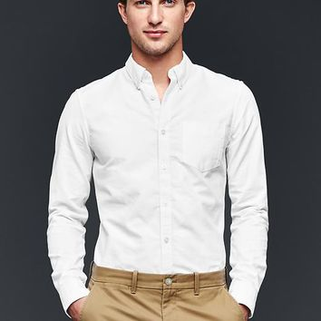 Gap Men Solid Oxford Shirt Slim Fit