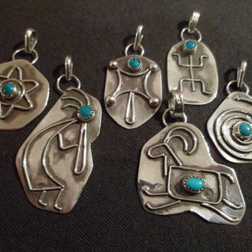 Authentic Navajo,Native American,Southwestern sterling silver turquoise squirrel petroglyph rock art pendant/necklace