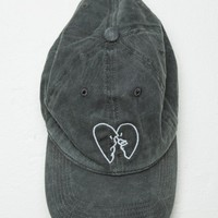KATHERINE KISSING HEARTS CAP