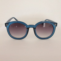 Twiggy Oversized Sunnies Multi Color | Vagabond Youth