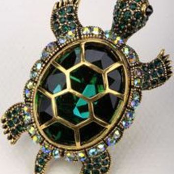 SHIPS FROM USA Turtle tortoise brooch pin pendant for women her wife summer crystal jewelry charm fashion BA15