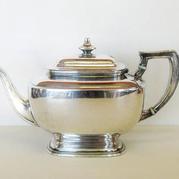 Vintage Reed & Barton Teapot Silver Plated Tea by thesilvertassel